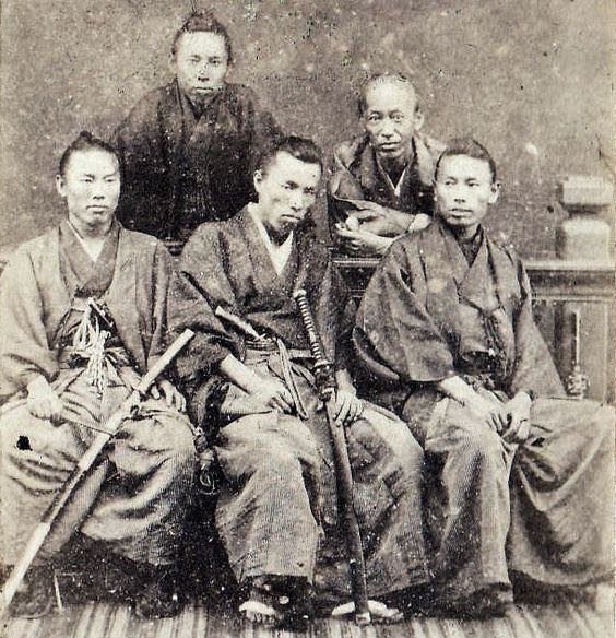 Japanese-Warriors-in-the-middle-late-1800s-1