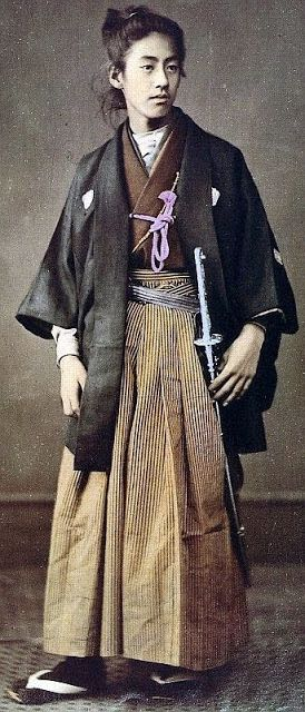 Japanese-Warriors-in-the-middle-late-1800s-7