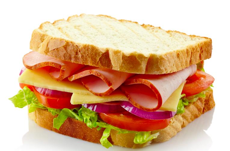"""Sandwich: origine ed evoluzione dello """"stuzzichino"""" più famoso del mondo"""